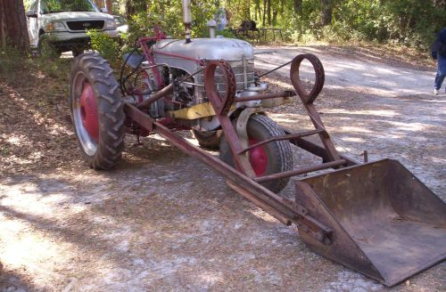 Vintage Tractor Front Loader : Antique tractor show